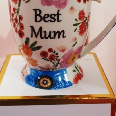 Shannonbridge Pottery vibrant floral mug. Best mum painted in black writting with a white base colour for the duchess style mug