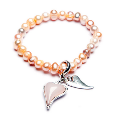 Freshwater Pearl expanding bracelet with coordinating acrylic set heart and small chilli heart droppers