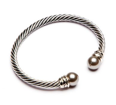 Twisted Bangle with grey pearlised end detail
