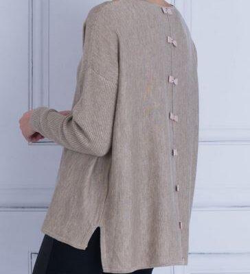 Short bow back tunic